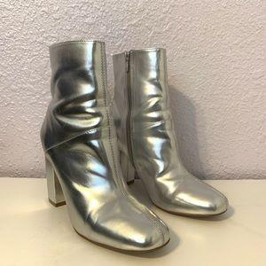 Sliver boots